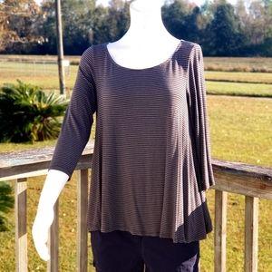 ✔AEO Ladies 3/4 sleeve Flowy Comfy Top Medium